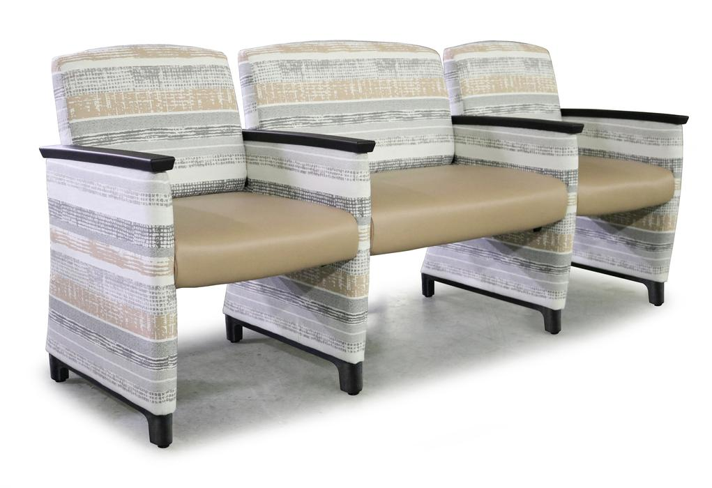Facelift Evolve Guest Seating